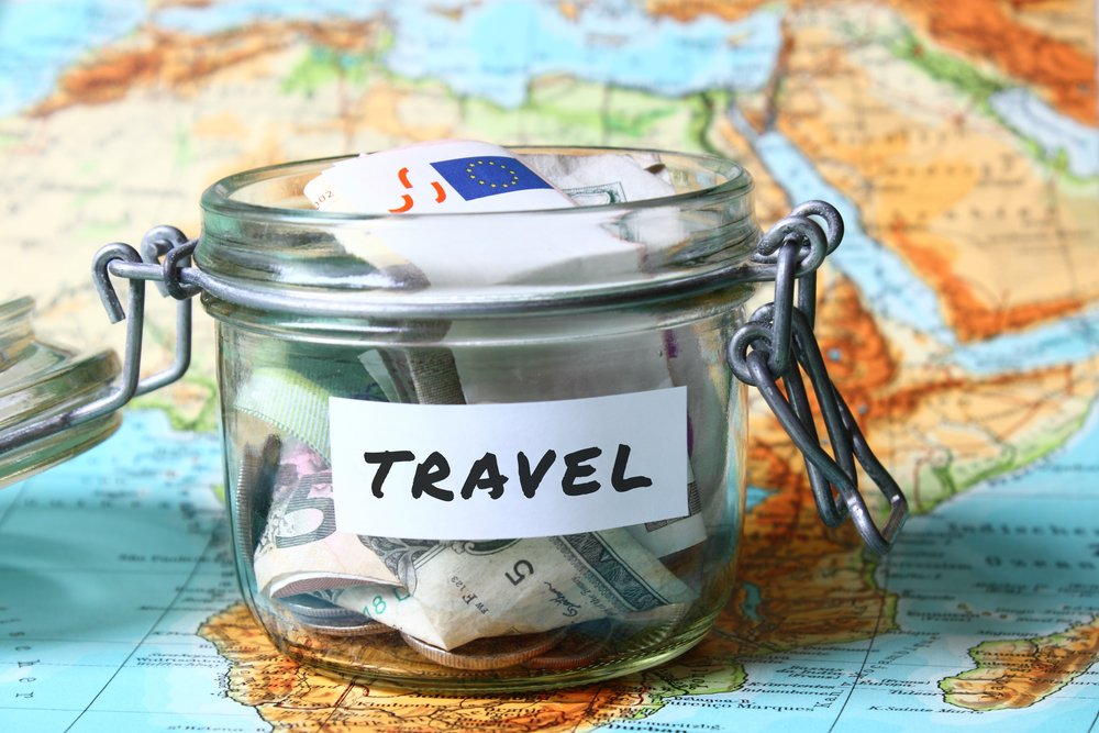 8 Easy Ways to Save Money to Travel the World | Busbud blog